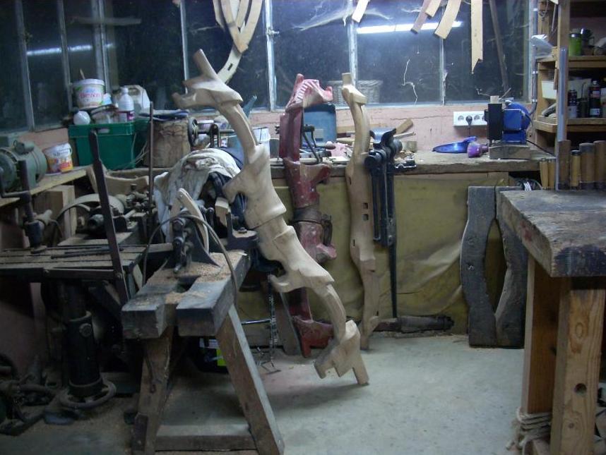 fabrication de jougs en bois contre coll s par michel nioulou attelages bovins d 39 aujourd 39 hui. Black Bedroom Furniture Sets. Home Design Ideas